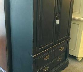 Armiore Cabinet