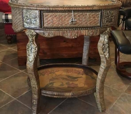 Wicker Tray Table