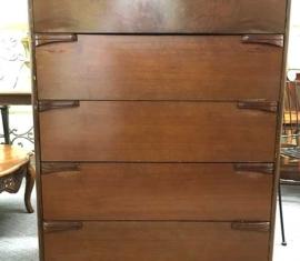 Dresser Bureau