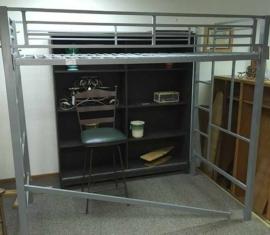 Metal Loft-Bed
