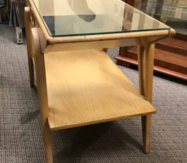 Mid-Century-Modern End Table