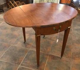 Drop-leaf End Table