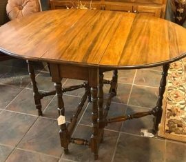 Gate-leg Table