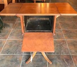 Drop-leaf Lamp Table