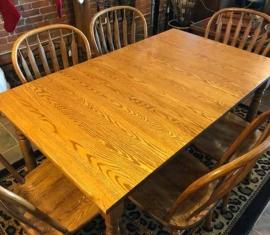 Amish-build Oak Dining Set