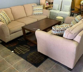 Hughes Loveseat & Sofa