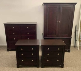 Smithe Bedroom Set