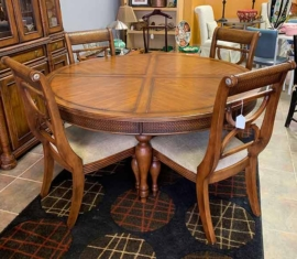 Ashley Dining Set