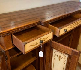 Sideboard / top