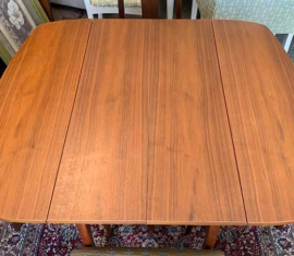Mid Century Modern Drop-leaf Dining Table