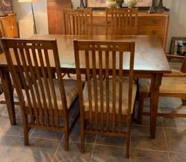 Broyhill Dining Set