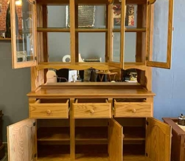 Amish-built Oak Hutch