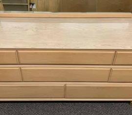 Kroehler Mid-Century Mirror Dresser