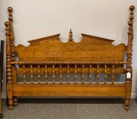 Maple Queen Bed