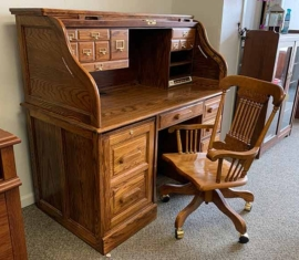 Winners Only Roll-top-desk and Chair