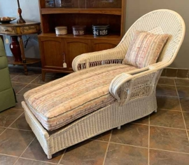 Antique Wicker Chaise Lounger