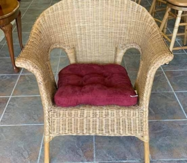Wicker Chair / front